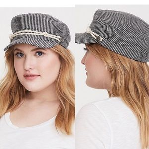 Black and White - Baker Boy Hat